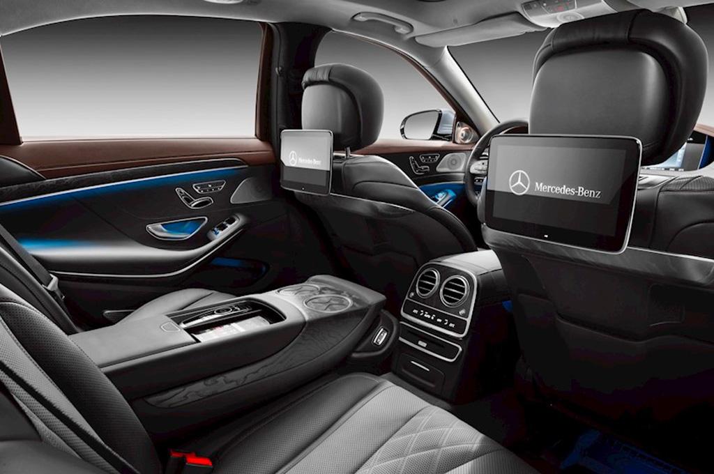 Mercedes Benz S550